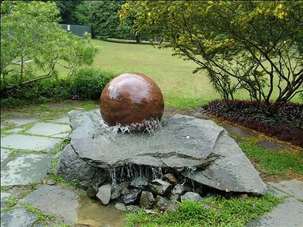 Pros of having garden fountains
