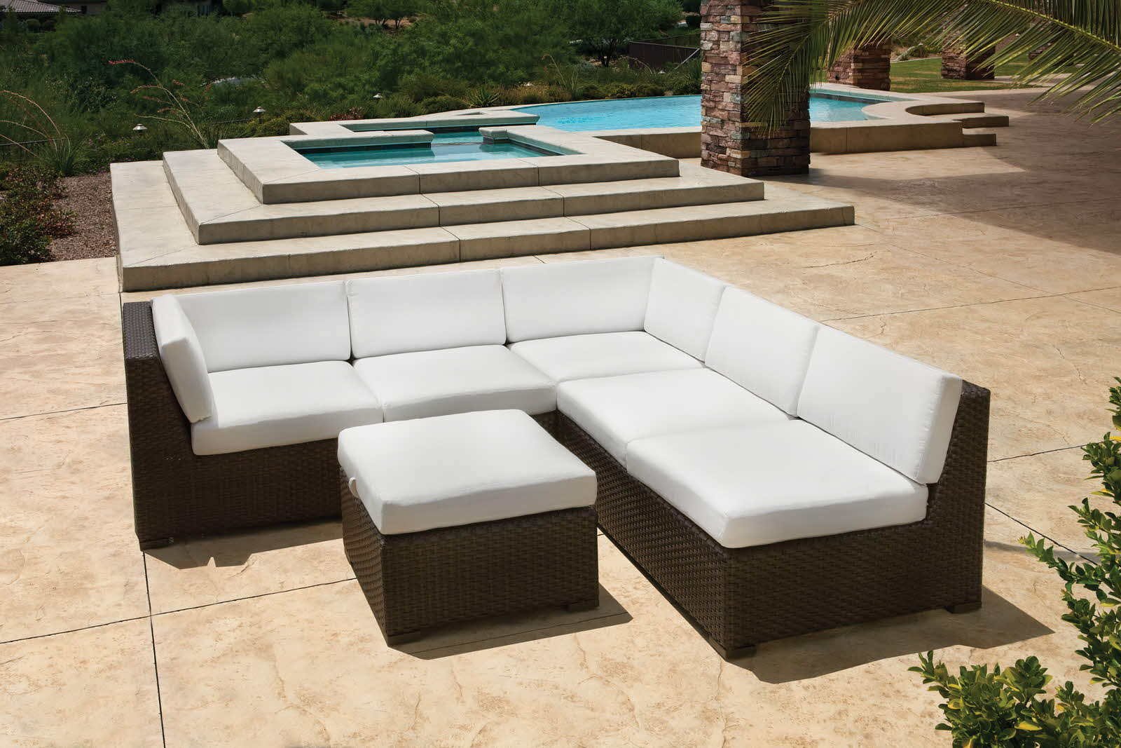 3 amazing tips for picking pool furniture AXLPTJD