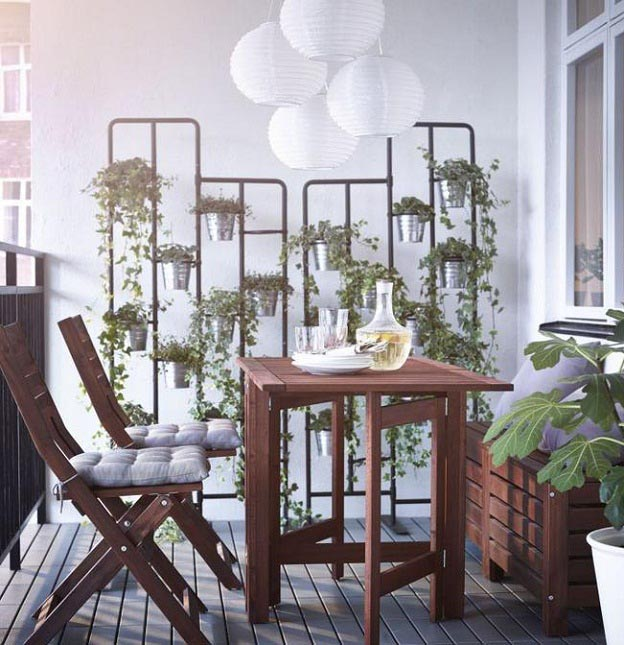 balcony furniture on a small space like balcony, what worku0027s best? light, folding chairs and  tables KFOQGCF