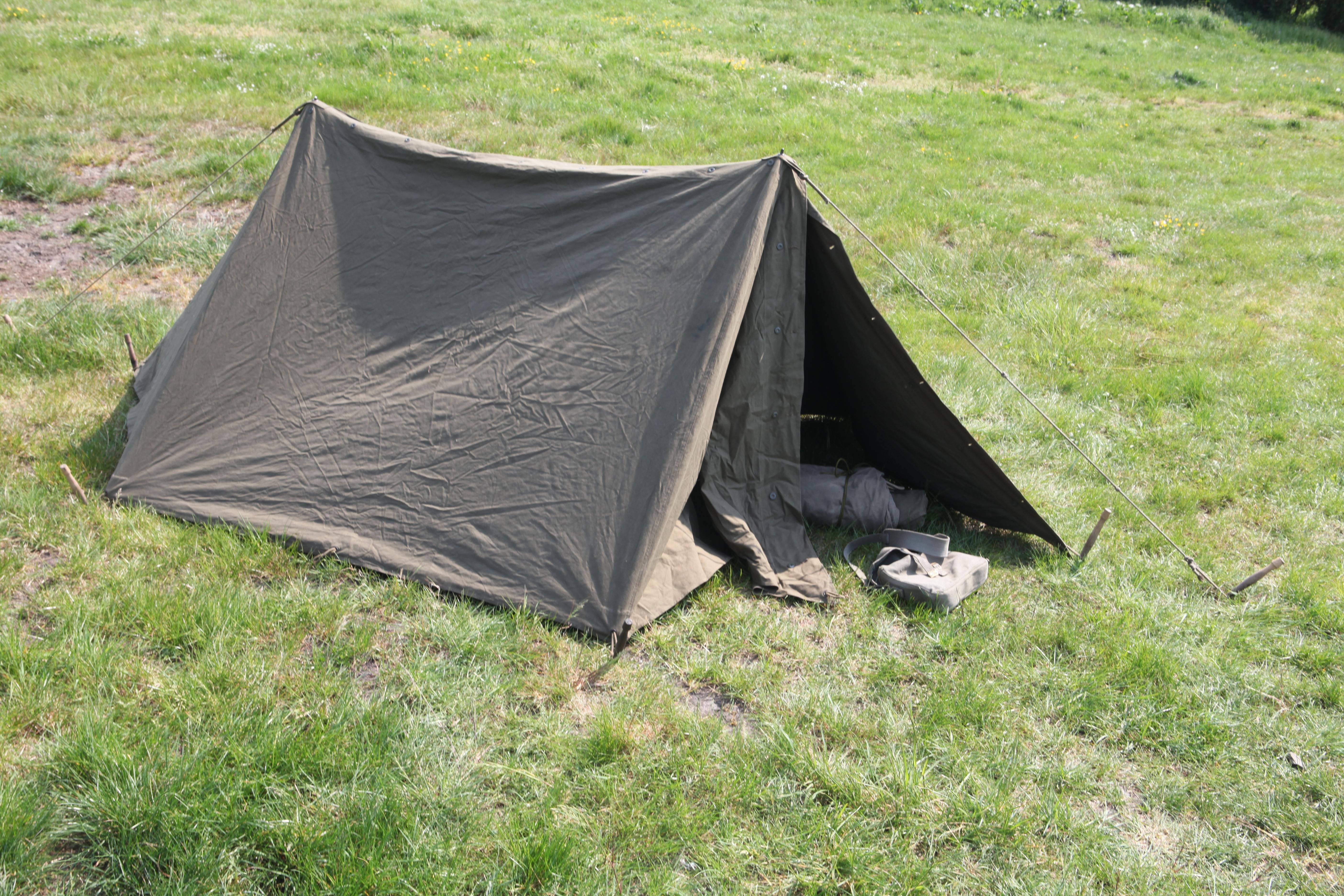 file:dutch army tent 1955.jpg ERWRISJ