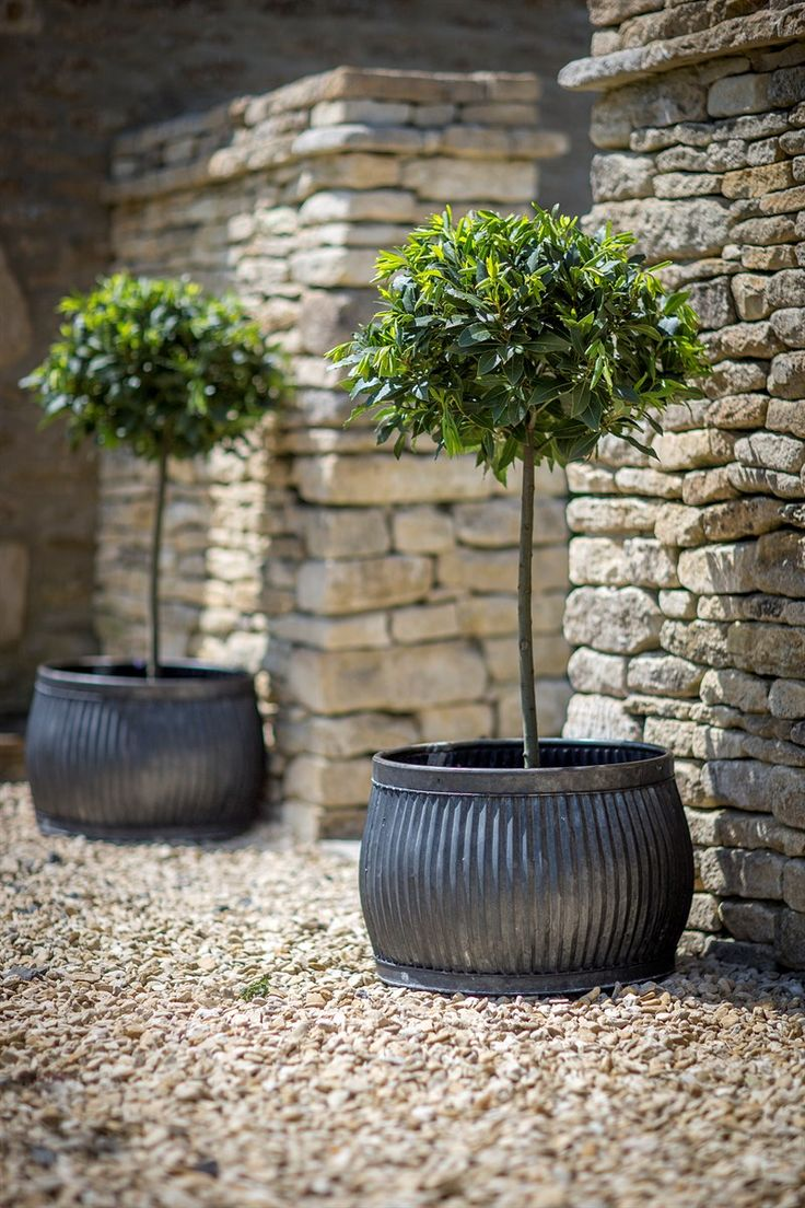 Ordinaire How To Design Your Home With Garden Pots?