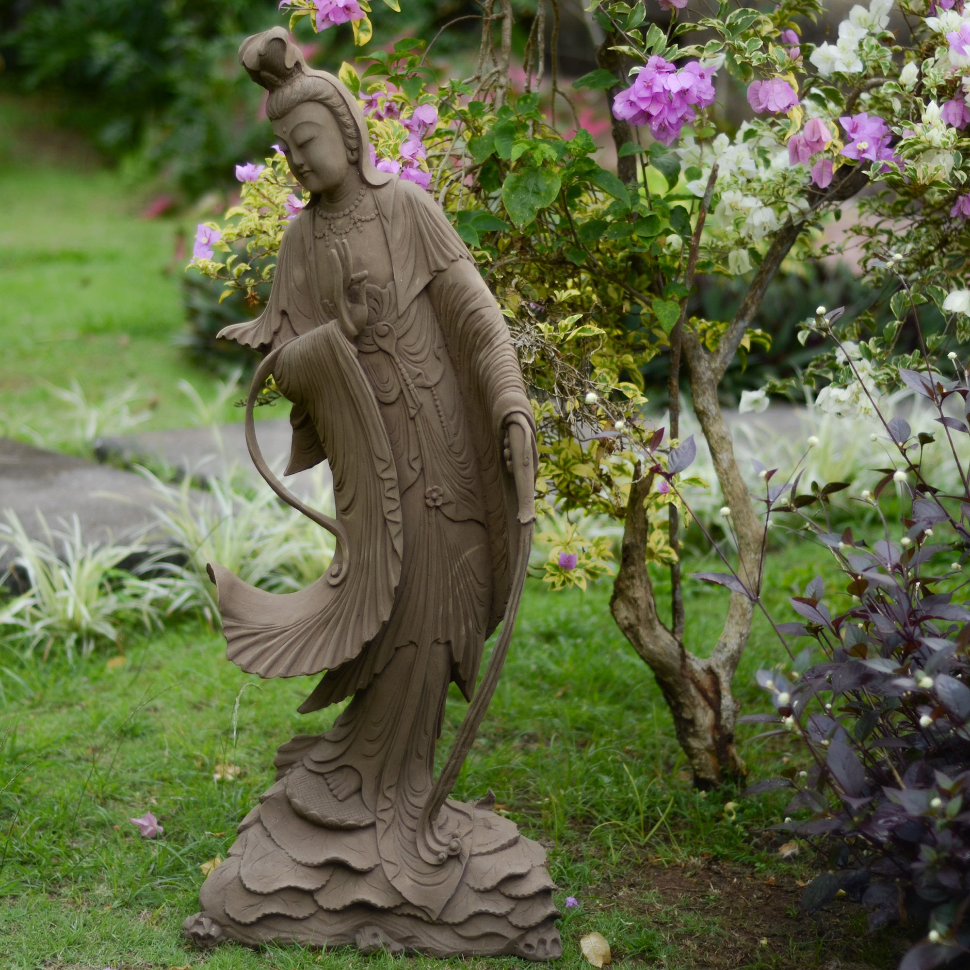 Elevate the look of your garden with garden statues