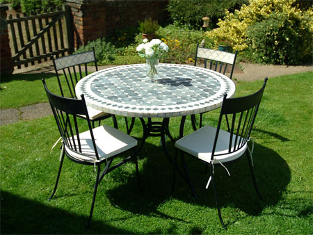 Things to consider while purchasing garden table and chairs : garden furniture mosaic table set - pezcame.com