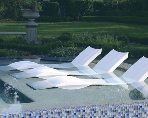 ledge lounger in-pool furniture SQTNNZK