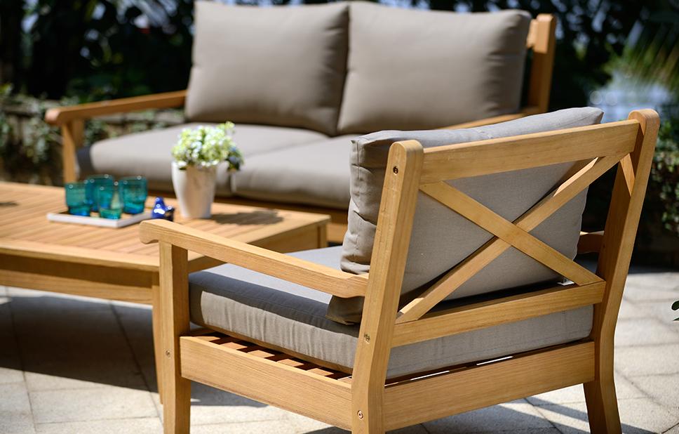 maintaining wooden garden furniture ABCHADM