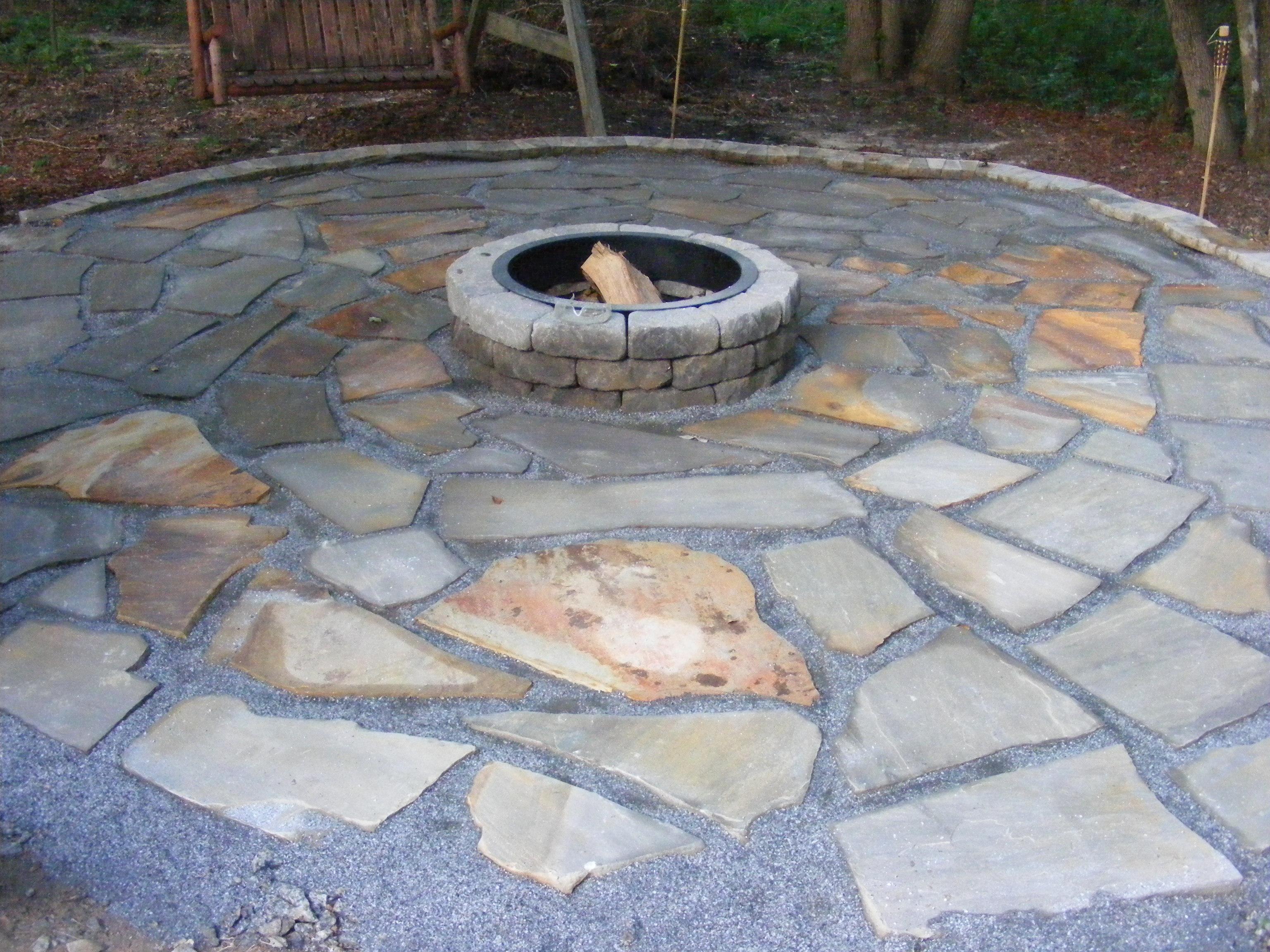 make a flagstone patio BVIUPZM