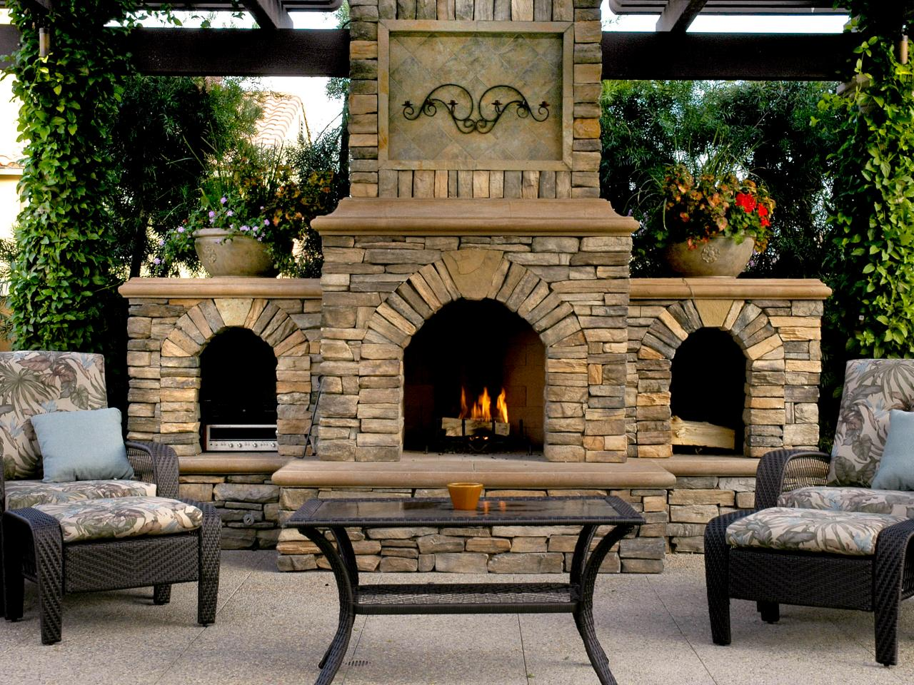 outdoor fireplace solid advice.  CLNVEEI