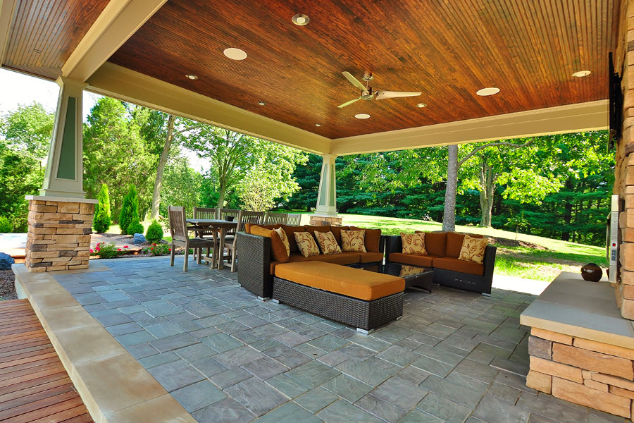 3 ideas for designing an outdoor living room for Outdoor living space plans