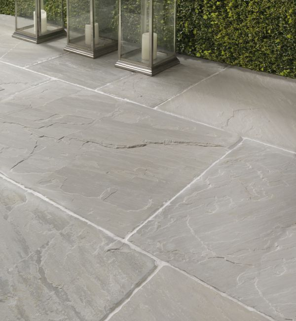 outdoor tiles salcombe sandstone in a seasoned finish. patio tiles with soft pale and  grey tones. DENCAYU