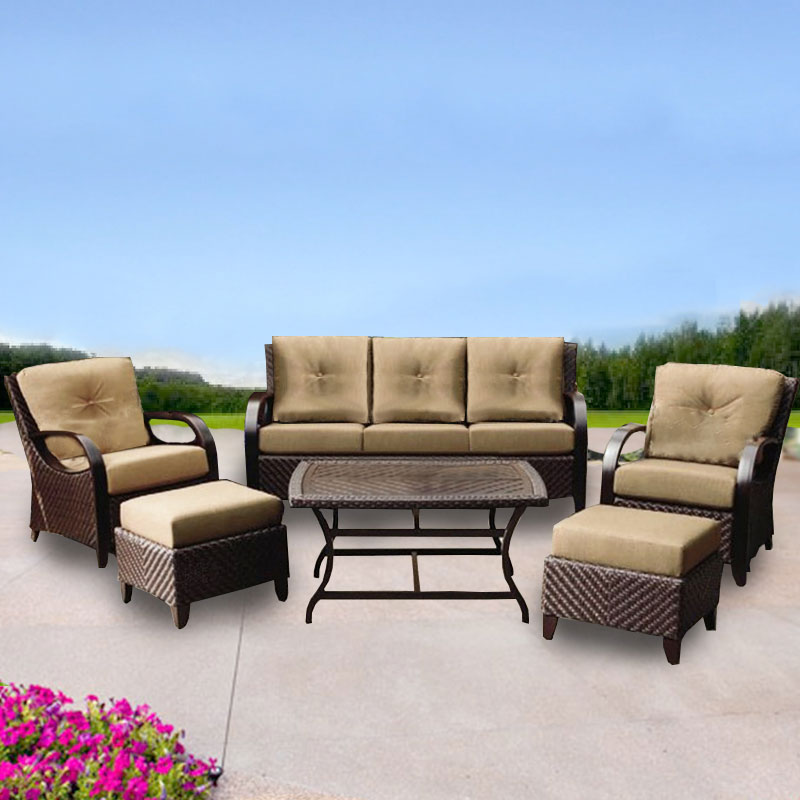 Choosing the Best Patio Cushions for Your Patio Furniture