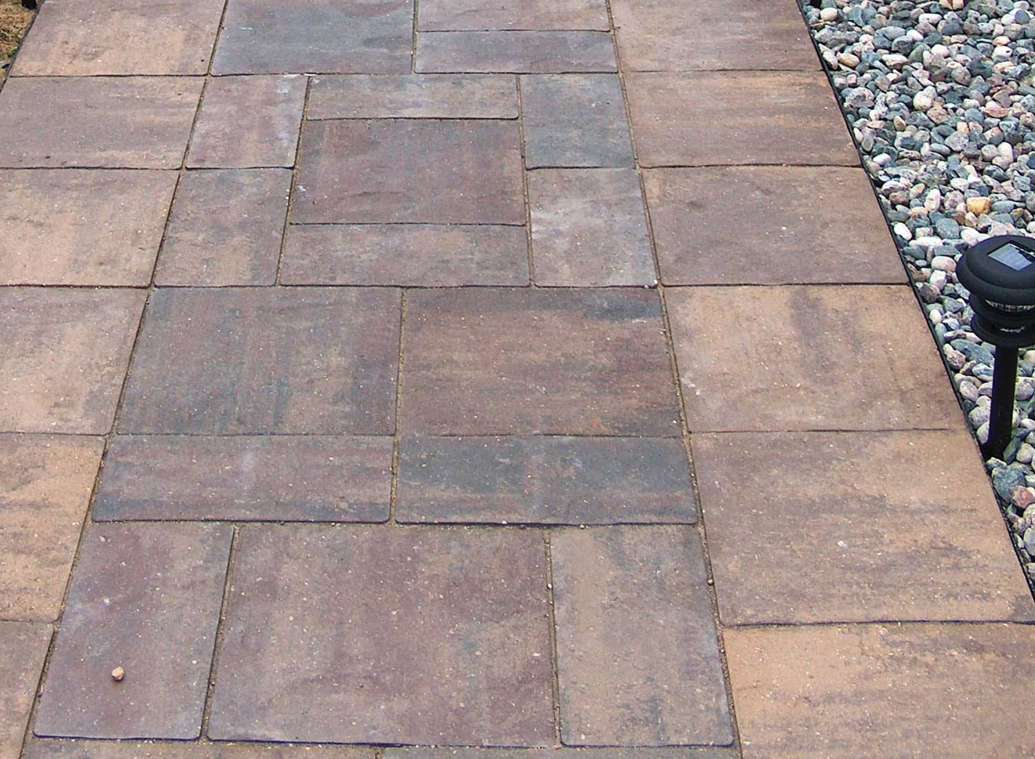 patio stones buff blend border SMISBXG
