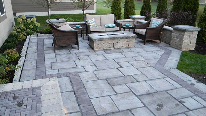 paver patio paver-patio-retaining-wall-02-columbus-ohio SMMXKQJ