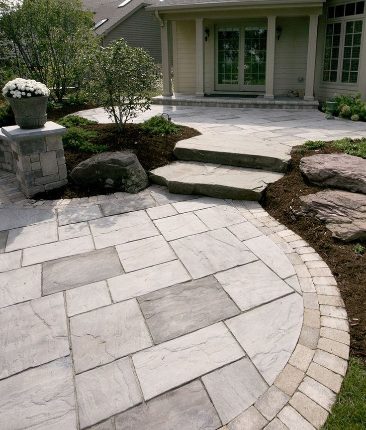 paving stones beacon hill flagstone has a natural appearance soft blended colors subtle surface - Paver Stone Patio