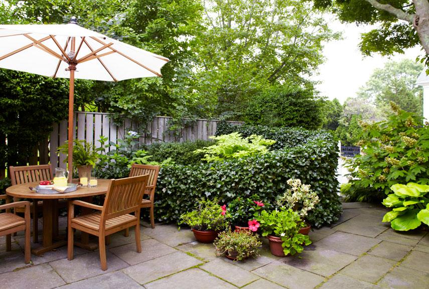 small garden design patio garden YIDZFJO