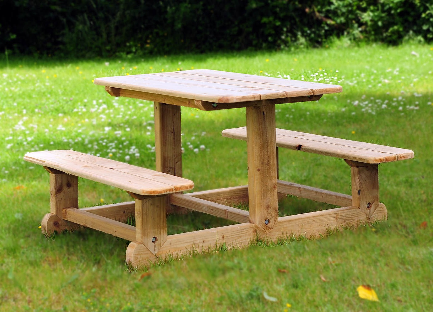 small-garden-table garden table: magnificent and cute FOMAGSS