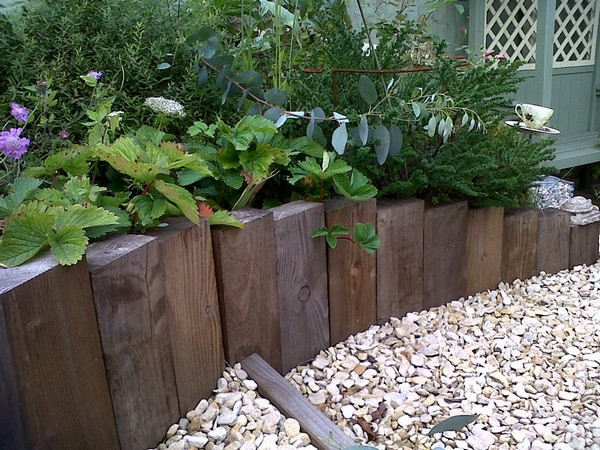 timber garden edging ideas DXSEUEZ