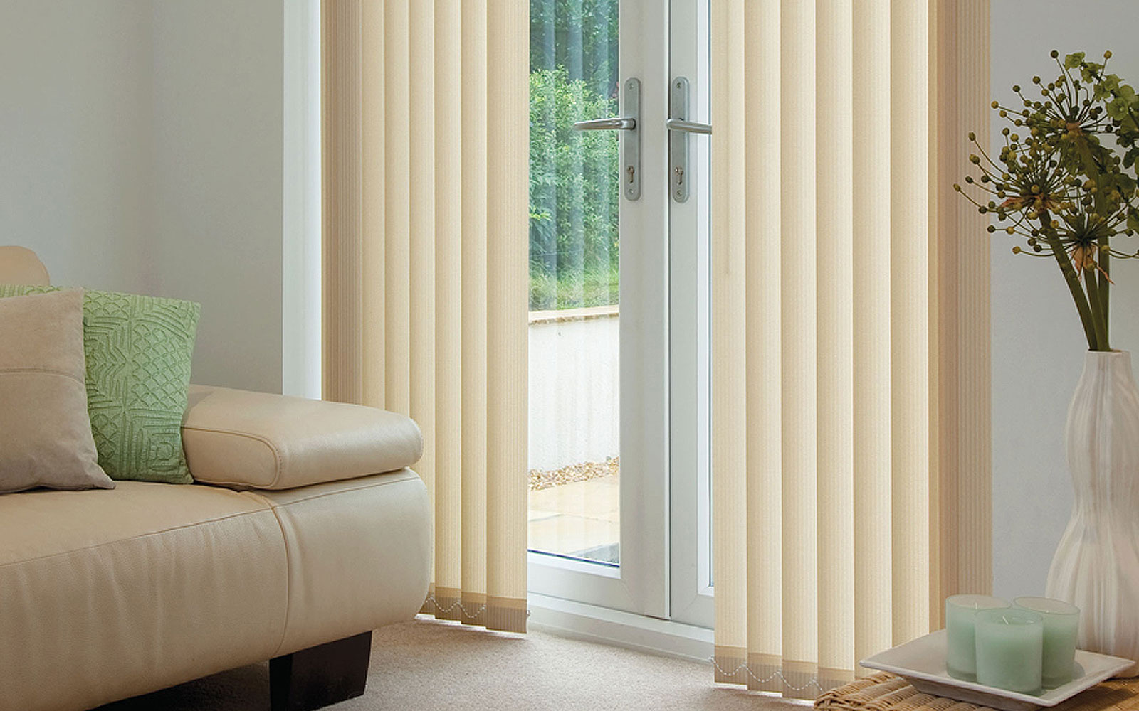 vertical blinds 238.jpg CEMIRCV