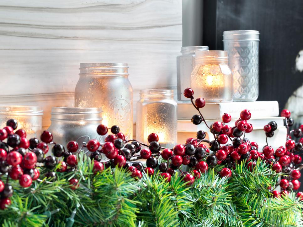 25 indoor christmas decorating ideas | hgtv OIZBTTT