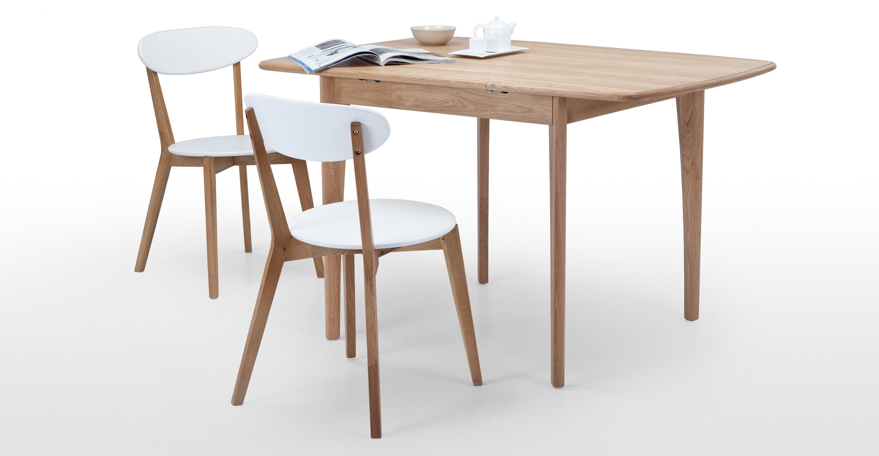 an extending dining table, in oak KKYQDNC