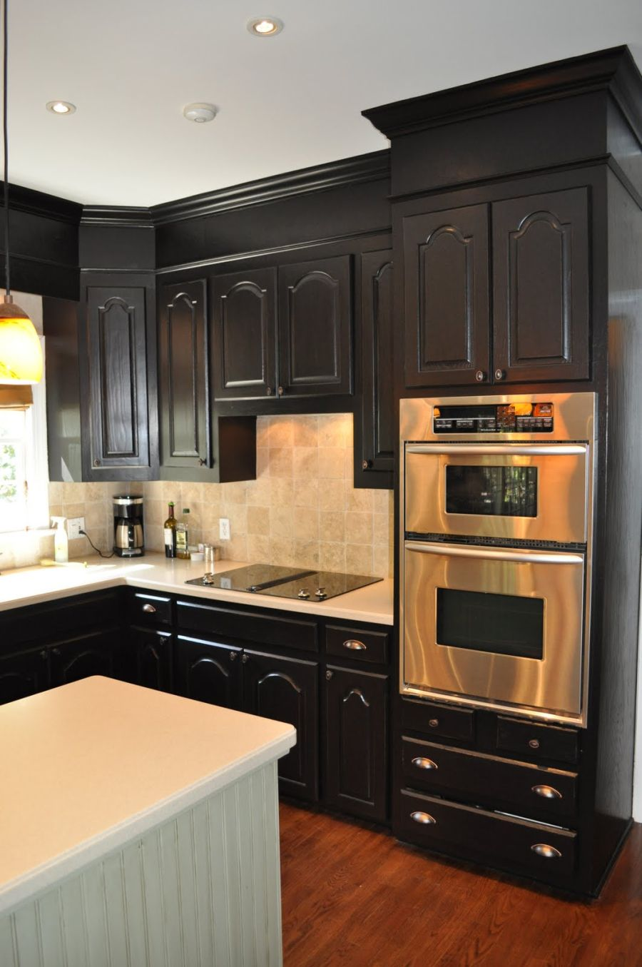 Facts to know about black kitchen cabinet