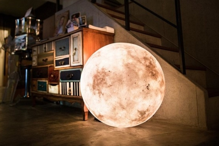cool lamps your house will seem magical with these moon-like luna lamps inside it GHZESGX