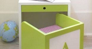 kids study table so totally love this for childu0027s room... and of course it wouldnu0027 · CNNYGFV