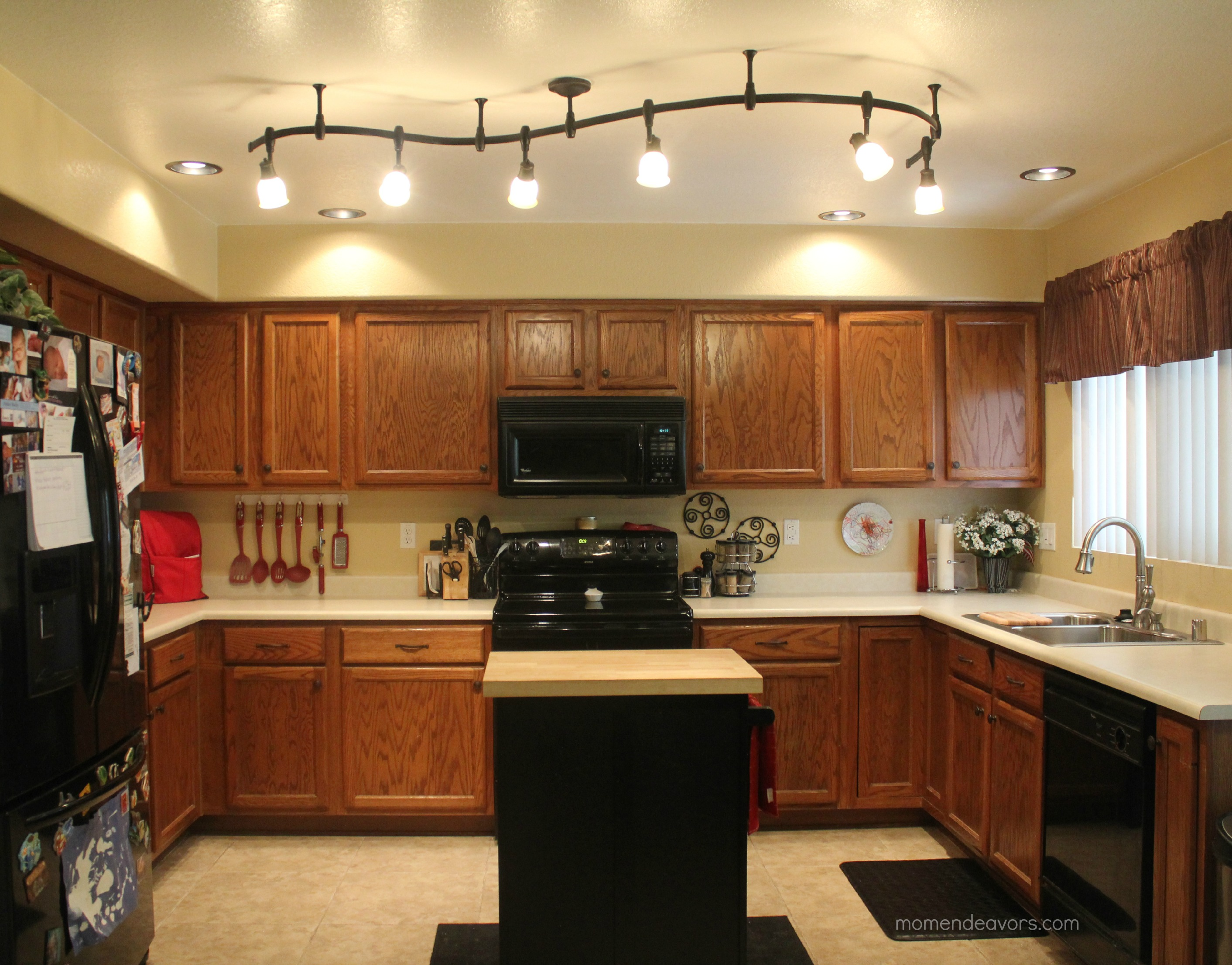 kitchen lights 11 stunning photos of kitchen track lighting ORGXCCN