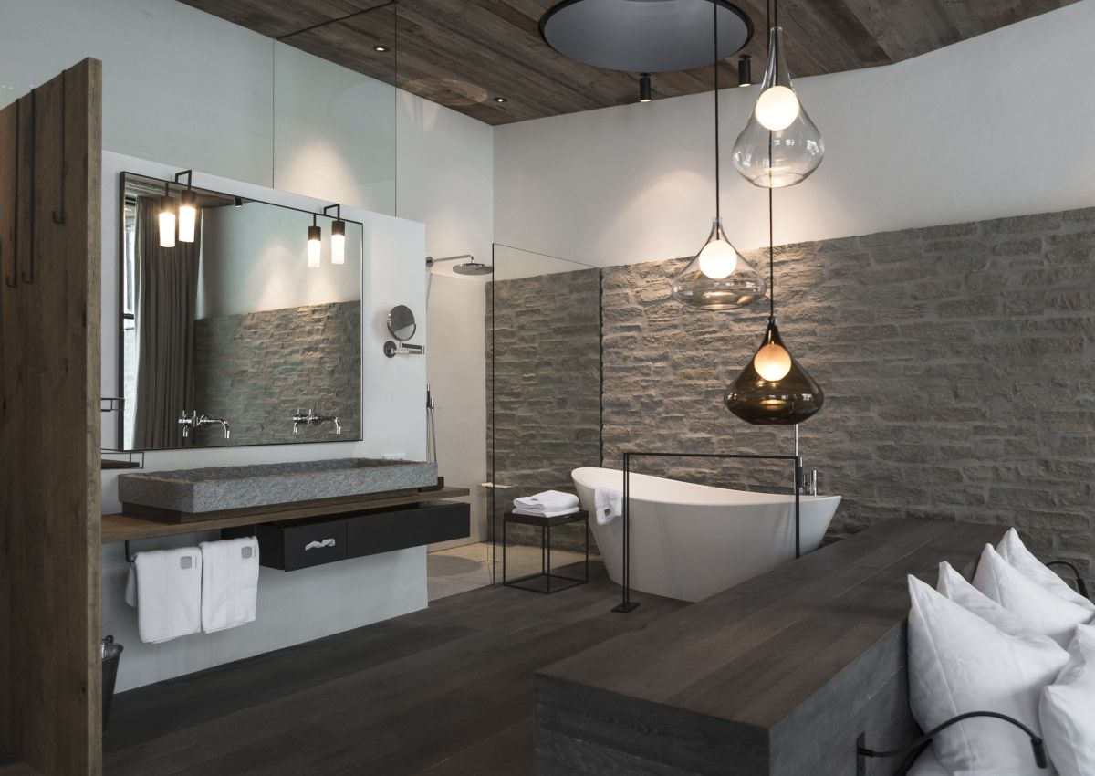 luxury bathrooms gorgeous light fixtures. YVMRTHL
