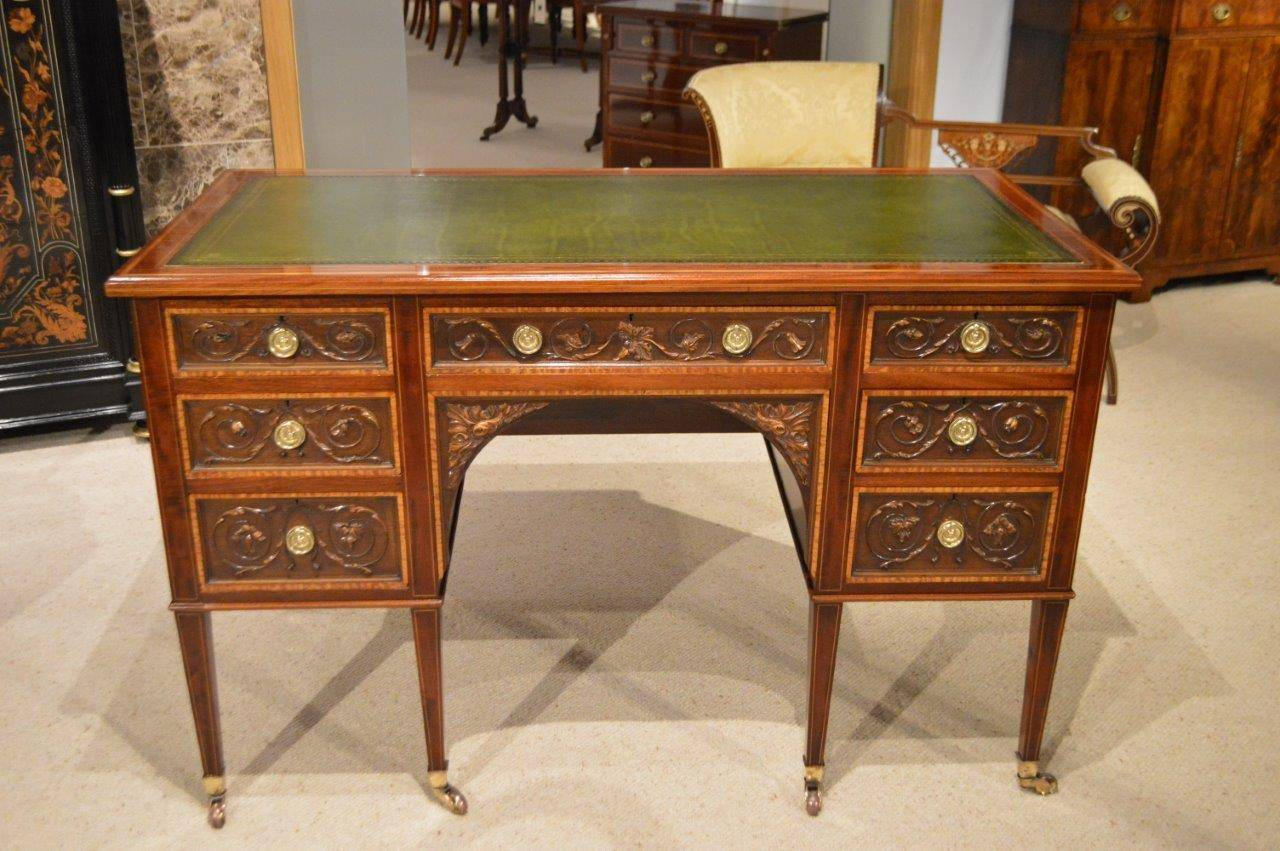 mahogany antique desk by gillows of lancaster 3 UBCCWVT