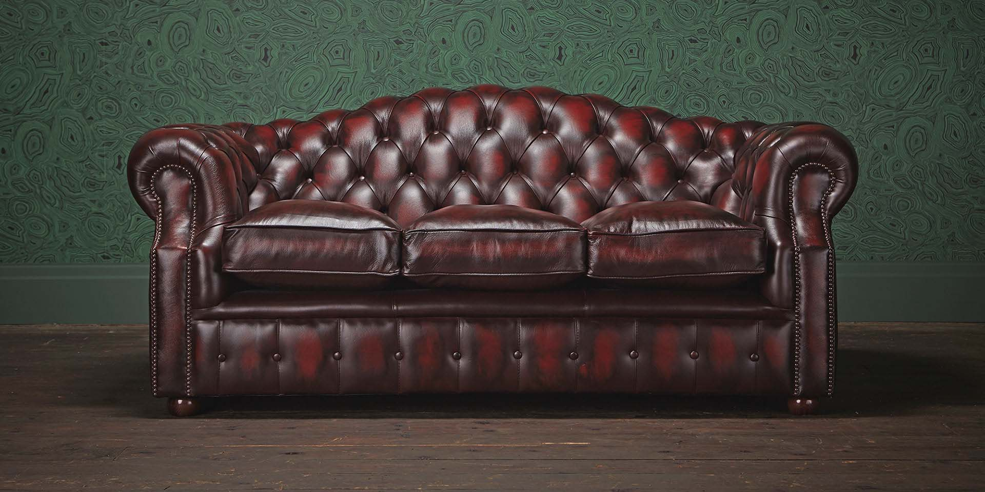 Chesterfield Sofa Definition Furniture Luxurious