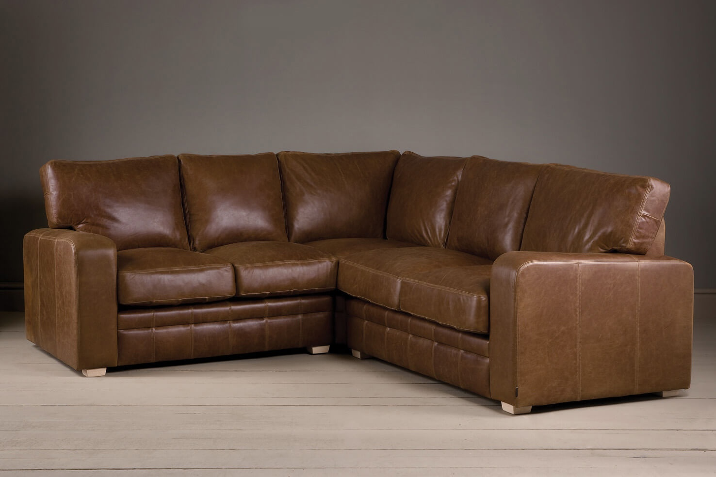 The Square Arm Leather Corner Sofa QFKWSPW