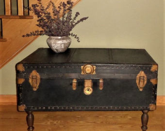 Vintage Steamer Trunk Coffee Table / Black Steamer Trunk / Vintage Coffee  SXOPQAD
