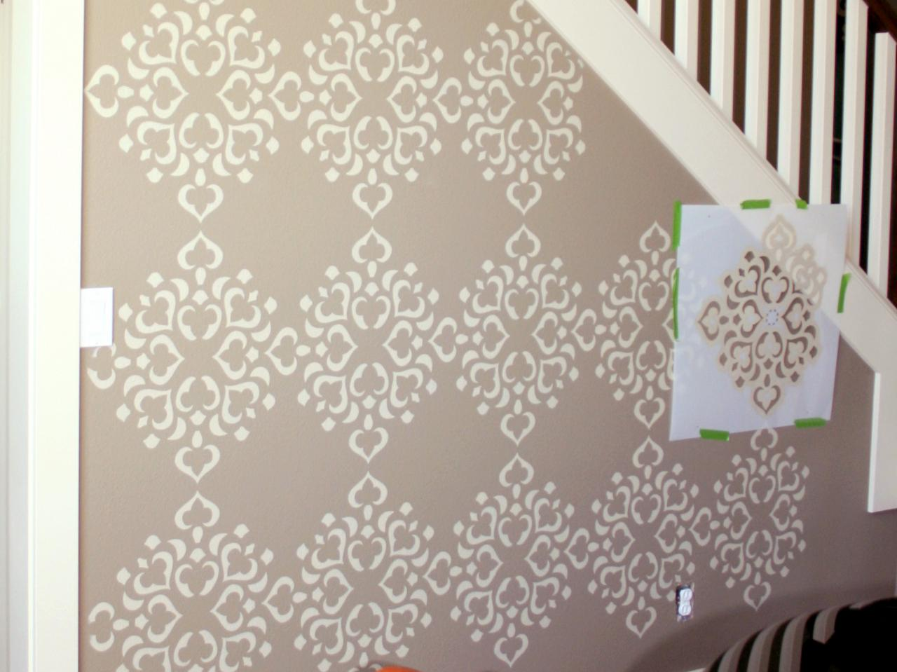 Merveilleux Wall Stencils Extend Design To Wall Edges UGPXKZL