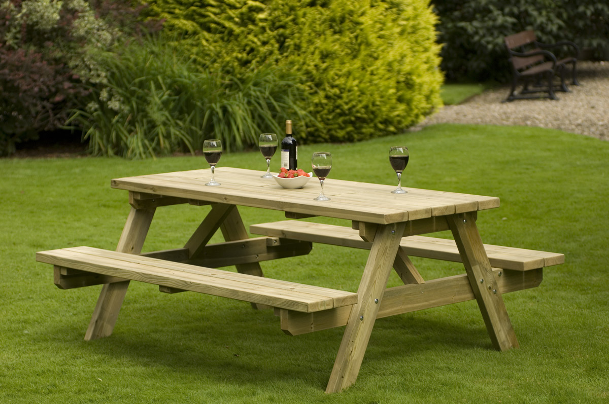 wooden-garden-table garden table: magnificent and cute APJOYSQ