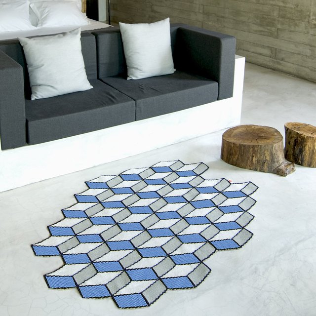 21 cool rugs that put the spotlight on the floor EEZCOMD