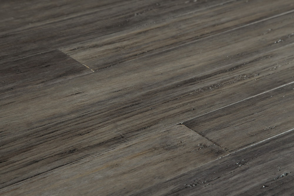 bamboo flooring 15074325-antique-steel-angle IJIRUVF