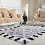 Choosing between carpets and flooring