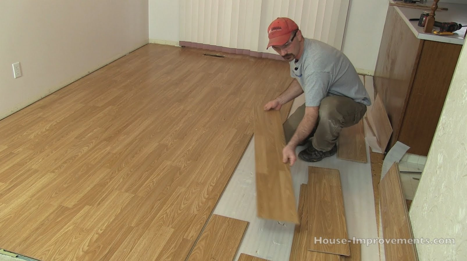 Floating laminate floor how to remove laminate flooring JBVKDKV