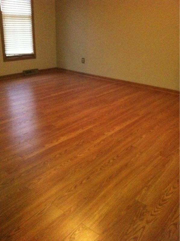 Floating laminate floor ... how to start a floating laminate floor-image-108002286.jpg ... OASADTK