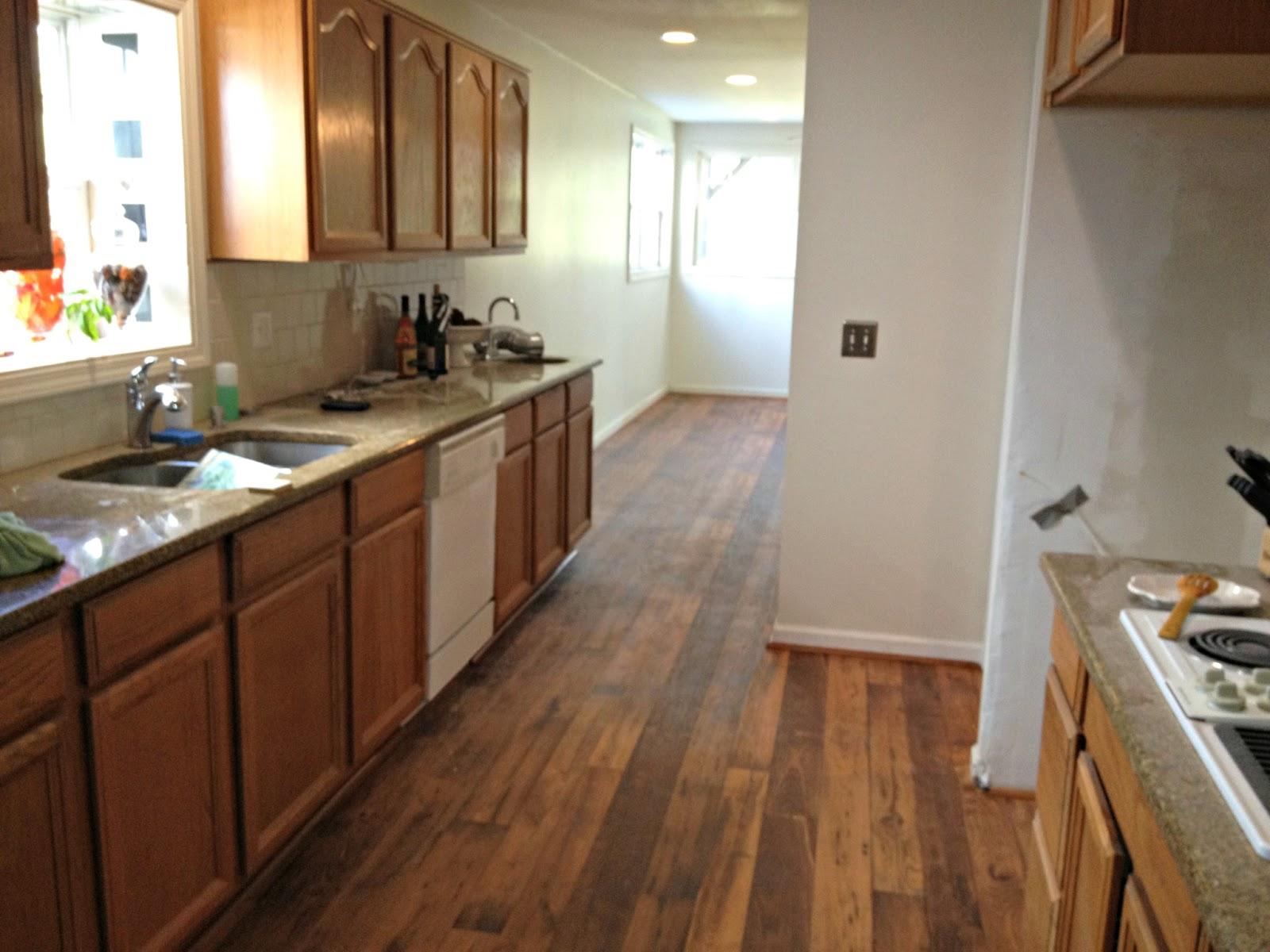 laminate flooring kitchen cabinets cozy laminate wood flooring for inspiring interior floor ideas: traditional  kitchen design TEYLZOO