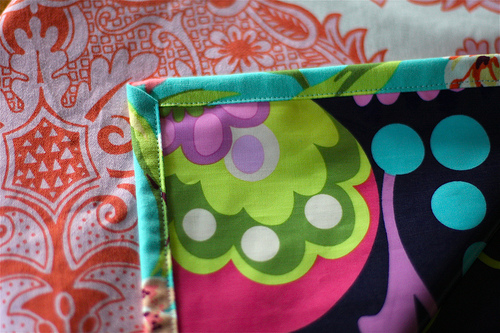 laminated cotton tablecloth construction was straightforward: i placed the laminated cotton face down  on the ZSBFCHU