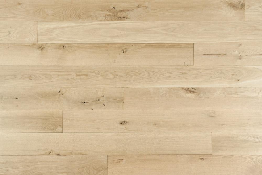 oak flooring 15101918-whiteoak-natural-6in-multi NAUHBMO