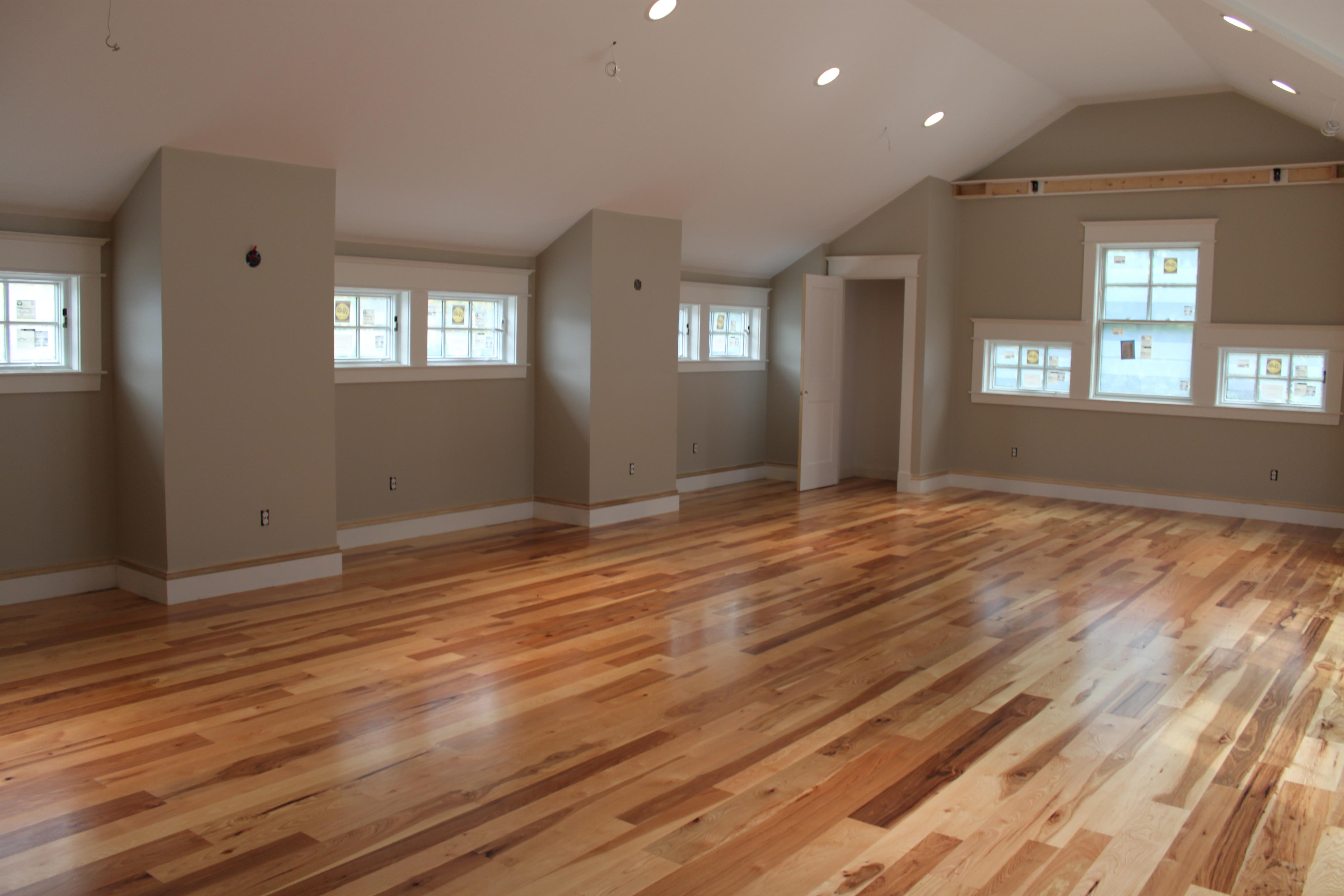 prefinished hardwood flooring the top surface finishes for hardwood flooring LYTRYKQ