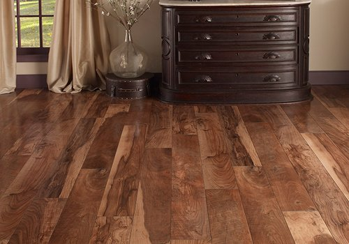quality laminate flooring cons of laminate flooring MPONVJI