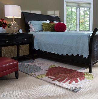 runner rugs beside bed bedroom IVEKHZQ