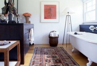 runner rugs beside bed photo by pieter estersohn GAVGDPT