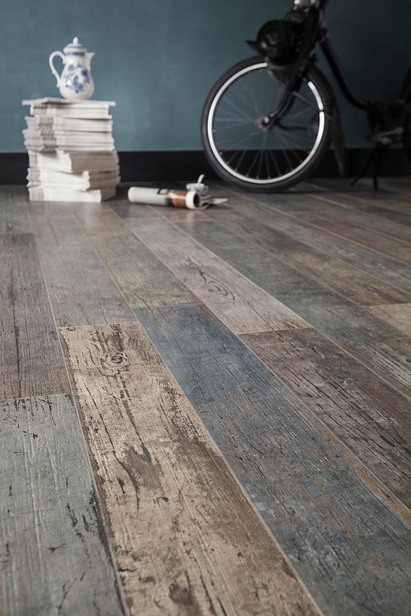 Rustic wood floor tile view in gallery floor tile that %20looks like %20reclaimed %20wood  santagostino thumb OFSDJQZ