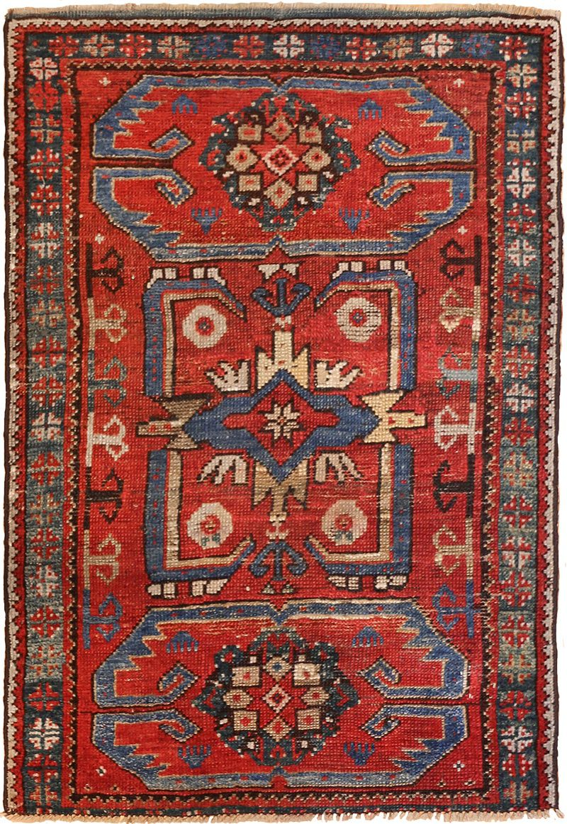 small geometric antique yastic turkish rug 48620 nazmiyal VGNNPUE