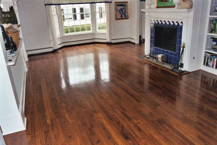Why to go for wholesale laminate flooring