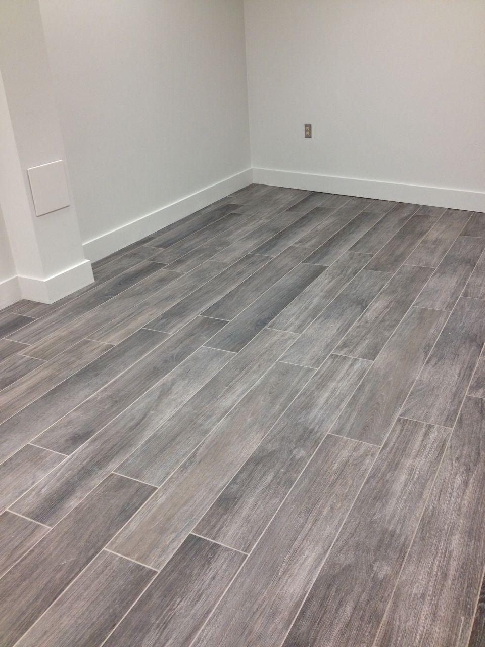 wood tile floors gray wood tile floor no3lcd6n8 WIOXOHI